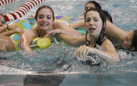 Girls Swim and Dive Starts Season
