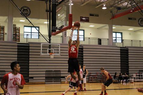 Elijah Basketball dunk