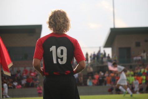 Boys Soccer_090116_ZoeyGreenberg0130