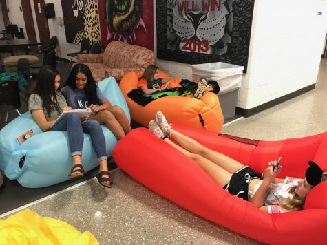 Members of the air couch club meet on the 3rd floor during Power Hour on Monday, Oct. 9.
