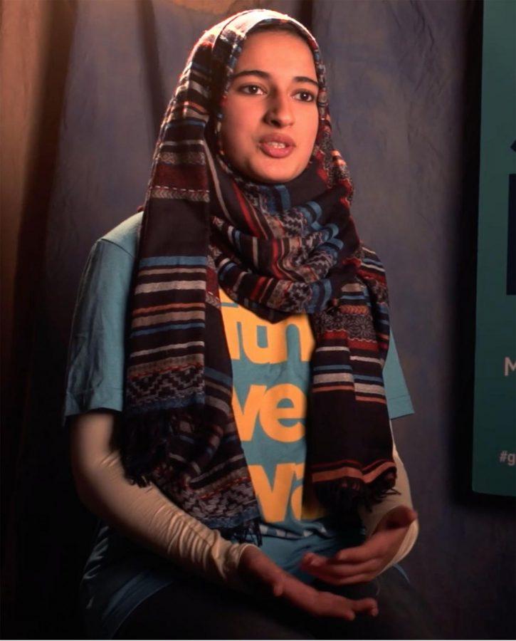Junior+Syeda+Mahnoor+explains+how+she+designed+a+button+for+SevenDays